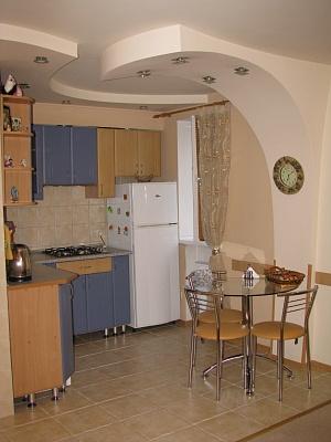 1-комнатная квартира посуточно в Херсоне. Суворовский район, ул. Ушакова, 87. Фото 1