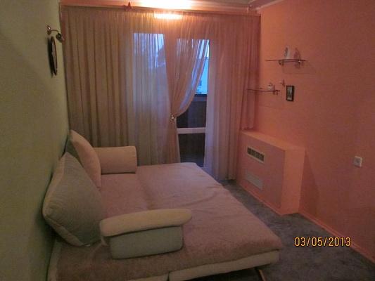 2-комнатная квартира посуточно в Житомире. ул. Довженко, 60. Фото 1