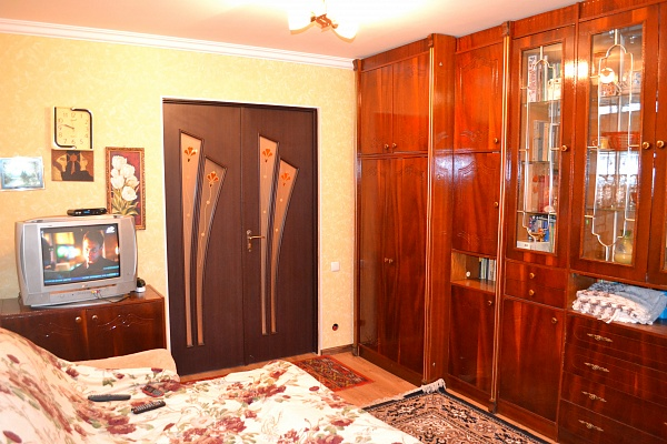 2-комнатная квартира посуточно в Сергеевке. ул. Буджакская, 3/1. Фото 1