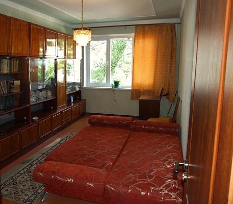 2-комнатная квартира посуточно в Керчи. ул. Горького, 2 б. Фото 1