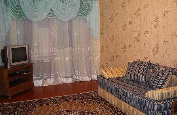2-комнатная квартира посуточно в Горловке. пр-т Победы, 66. Фото 1