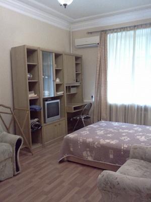 1-комнатная квартира посуточно в Севастополе. Ленинский район, ул. Воронина,  13. Фото 1