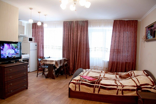 1-комнатная квартира посуточно в Черкассах. ул. Дашковича, 30. Фото 1