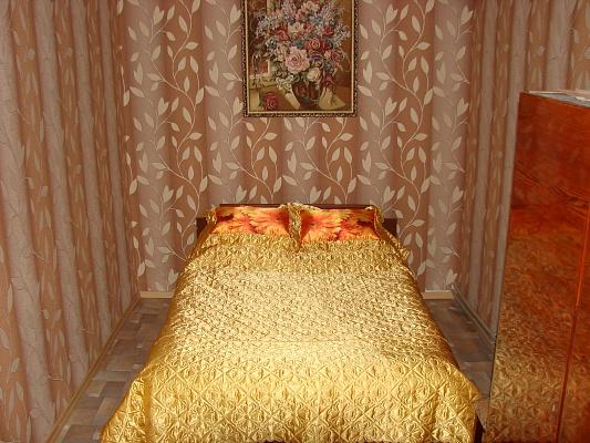 3-комнатная квартира посуточно в Бердянске. пр-т Победы, 51. Фото 1