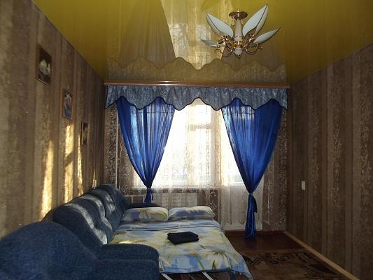 1-комнатная квартира посуточно в Нежине. ул. Объезжая, 120. Фото 1