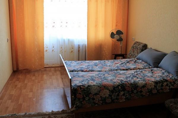 3-комнатная квартира посуточно в Черкассах. ул. Смелянская, 115. Фото 1