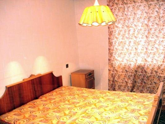 1-комнатная квартира посуточно в Кременчуге. Бутырина, 69. Фото 1