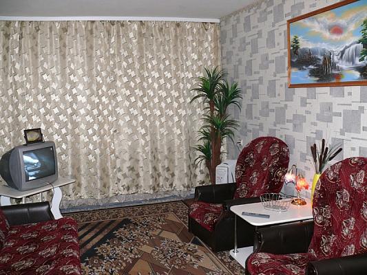 1-комнатная квартира посуточно в Херсоне. Днепровский район, ул. Московская, 28. Фото 1