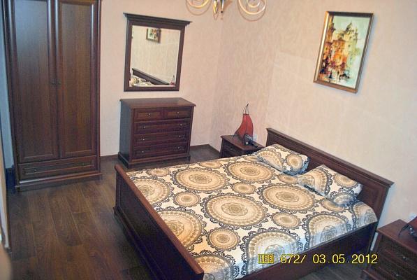 2-комнатная квартира посуточно в Львове. Галицкий район, пл. Ринок, 5. Фото 1