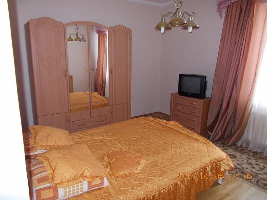 3-комнатная квартира посуточно в Трускавце. ул. Ивасюка, 10. Фото 1