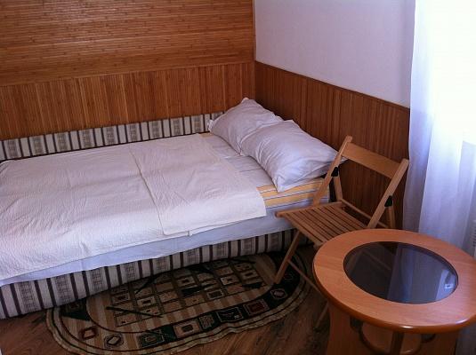 1-комнатная квартира посуточно в Львове. Галицкий район, ул. Венецианова, 12. Фото 1