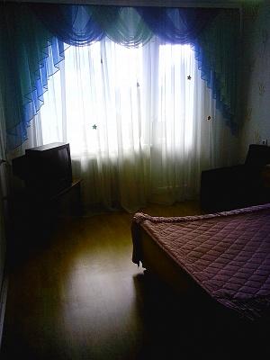 1-комнатная квартира посуточно в Житомире. ул. Леси Украинки, 2. Фото 1