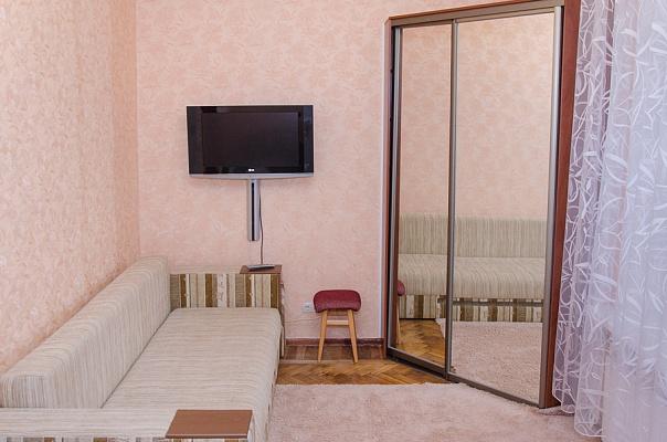 1-комнатная квартира посуточно в Харькове. ул. Чайковського, 25а. Фото 1