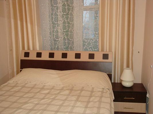 2-комнатная квартира посуточно в Тернополе. ул. Медовая, 3. Фото 1