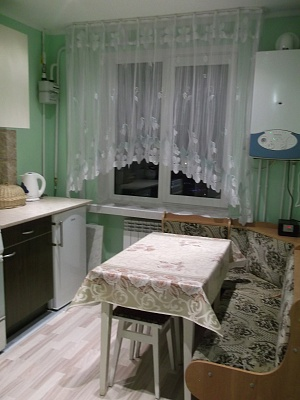 1-комнатная квартира посуточно в Трускавце. ул. Мазепы, 36. Фото 1