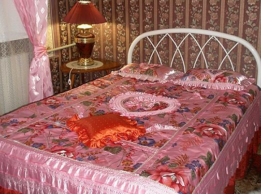 2-комнатная квартира посуточно в Севастополе. Ленинский район, ул. Гоголя, 3. Фото 1