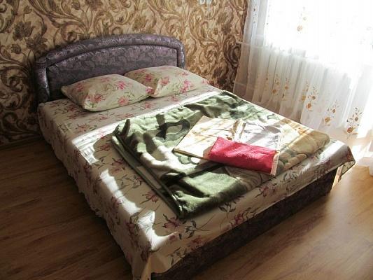1-комнатная квартира посуточно в Измаиле. ул. Толбухина, 18. Фото 1