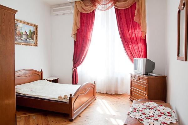 1-комнатная квартира посуточно в Львове. Железнодорожный район, ул. Городоцька, 62. Фото 1