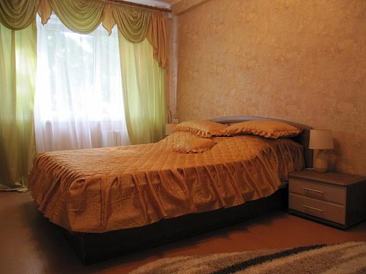 2-комнатная квартира посуточно в Донецке. Ворошиловский район, ул. Набережная, 149. Фото 1