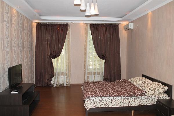 4-комнатная квартира посуточно в Одессе. Приморский район, ул. Дерибасовская, 1. Фото 1