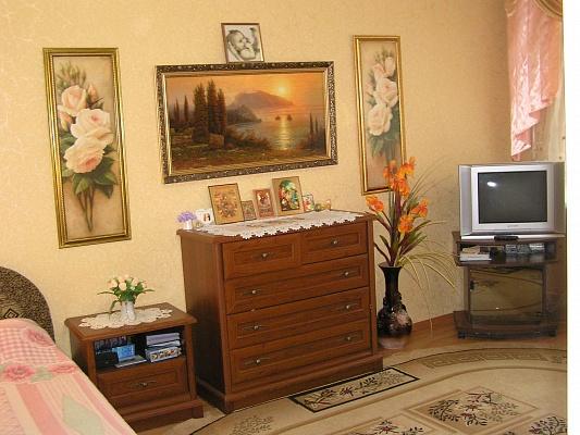 1-комнатная квартира посуточно в Партените. ул. Солнечная, 2. Фото 1