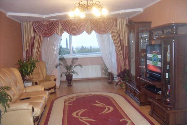 2-комнатная квартира посуточно в Тернополе. ул. Липовая, 10. Фото 1