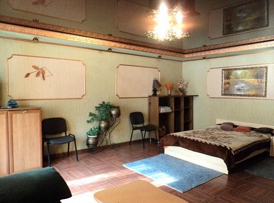 1-комнатная квартира посуточно в Макеевке. м-н Солнечный, 29. Фото 1