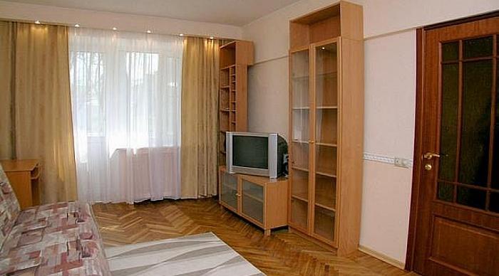 2-комнатная квартира посуточно в Северодонецке. пр-т Гвардейский, 47. Фото 1