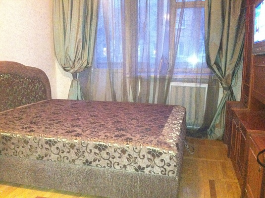 1-комнатная квартира посуточно в Киеве. Печерский район, Лескова, 6. Фото 1
