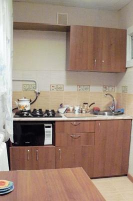 1-комнатная квартира посуточно в Чернигове. Новозаводской район, ул. Любецкая, 21. Фото 1