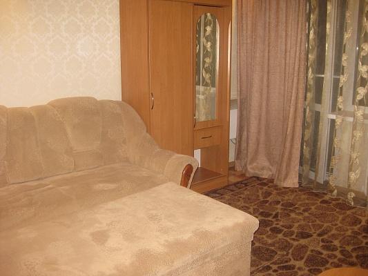 1-комнатная квартира посуточно в Мариуполе. ул. Урицкого, 100. Фото 1