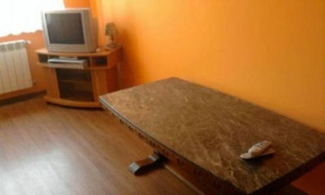 2-комнатная квартира посуточно в Берегово. ул. Корятовича. Фото 1