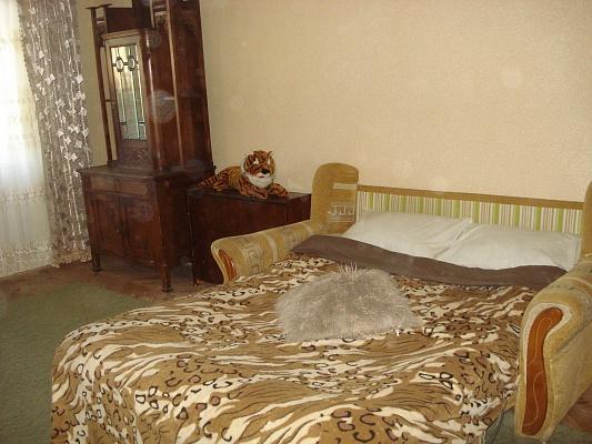 2-комнатная квартира посуточно в Львове. Сыховский район, ул. Хоткевича, 60. Фото 1