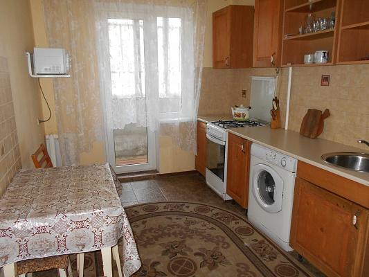 2-комнатная квартира посуточно в Одессе. Киевский район, ул. Ильфа и Петрова, 57. Фото 1