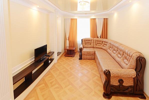 1-комнатная квартира посуточно в Сумах. Заречный район, пр-т Михаила Лушпы, 7. Фото 1
