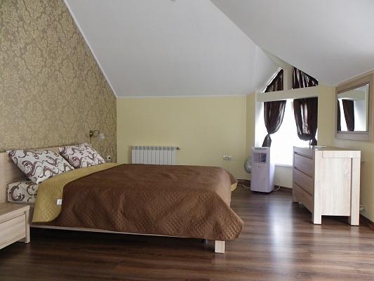 2-комнатная квартира посуточно в Трускавце. ул. Шевченко, 28. Фото 1