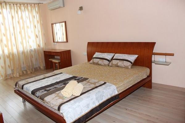 1-комнатная квартира посуточно в Одессе. Киевский район, ул. Генерала Плиева, 2 б. Фото 1