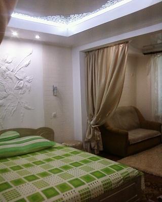 1-комнатная квартира посуточно в Измаиле. пр-т Ленина , 18А. Фото 1