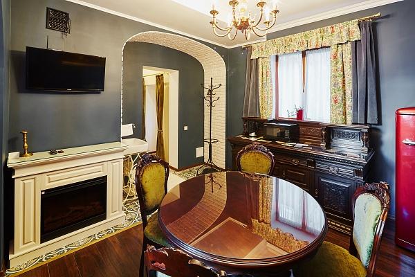 2-комнатная квартира посуточно в Львове. Галицкий район, ул. Краковская, 14. Фото 1