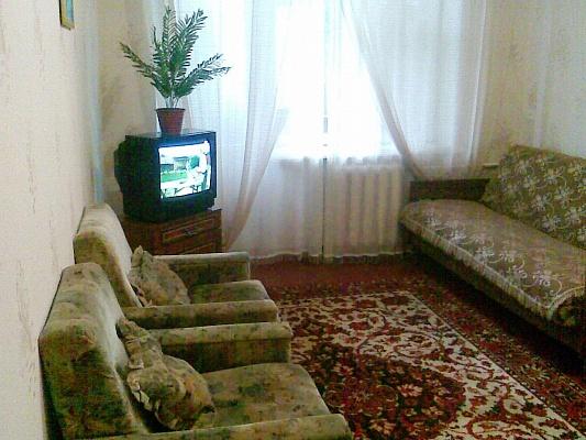 1-комнатная квартира посуточно в Славянске. ул. Октябрьской Революции, 54. Фото 1