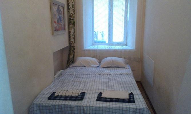 1-комнатная квартира посуточно в Одессе. Приморский район, ул. Малая Арнаутская, 11. Фото 1