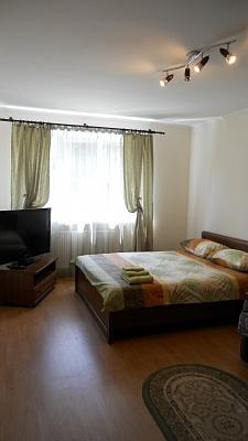 1-комнатная квартира посуточно в Львове. Лычаковский район, ул. Тершаковцев, 1. Фото 1