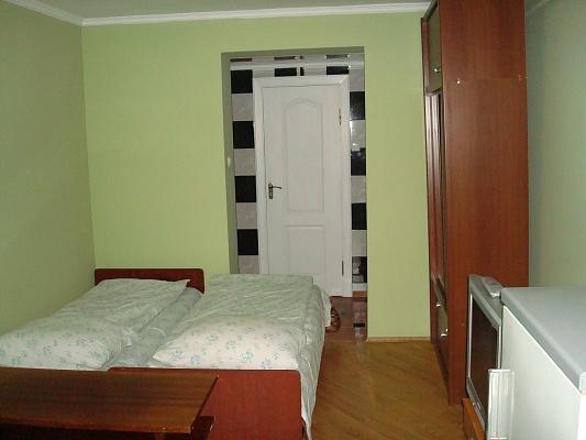 1-комнатная квартира посуточно в Моршине. ул. Довбуша, 3. Фото 1