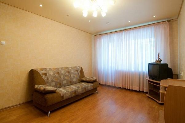 1-комнатная квартира посуточно в Херсоне. Днепровский район, ул. Перекопская, 21. Фото 1