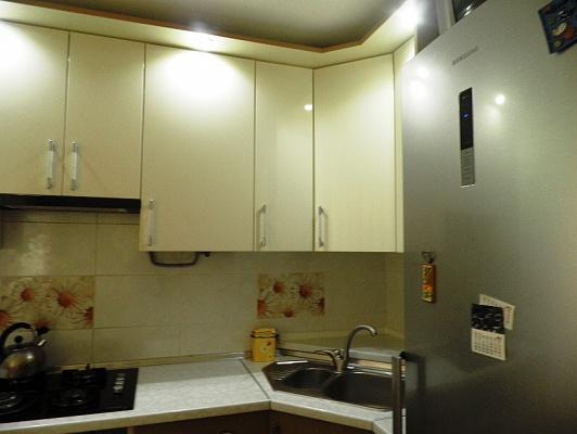 1-комнатная квартира посуточно в Одессе. Киевский район, Фонтанская дорога, 16Б. Фото 1