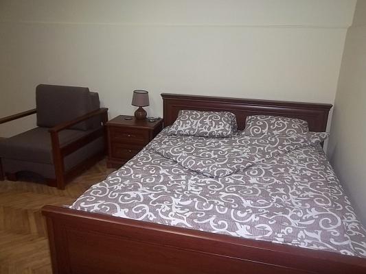 1-комнатная квартира посуточно в Львове. Галицкий район, пл. Теодора, 11. Фото 1