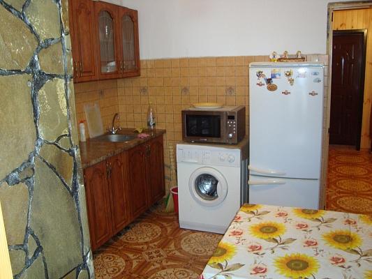 2-комнатная квартира посуточно в Гаспре. ул. Мира, 2. Фото 1