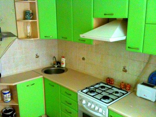 2-комнатная квартира посуточно в Мариуполе. ул. Урицкого. Фото 1