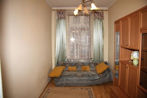 1-комнатная квартира посуточно в Львове. Зализнычный район, ул. Перова, 14. Фото 1