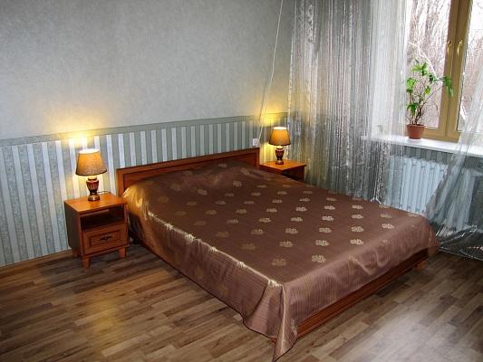 2-комнатная квартира посуточно в Одессе. Приморский район, пр-т Гагарина, 13. Фото 1